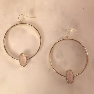 Kendra Scott Elora Hoop Earrings In Rose Quartz